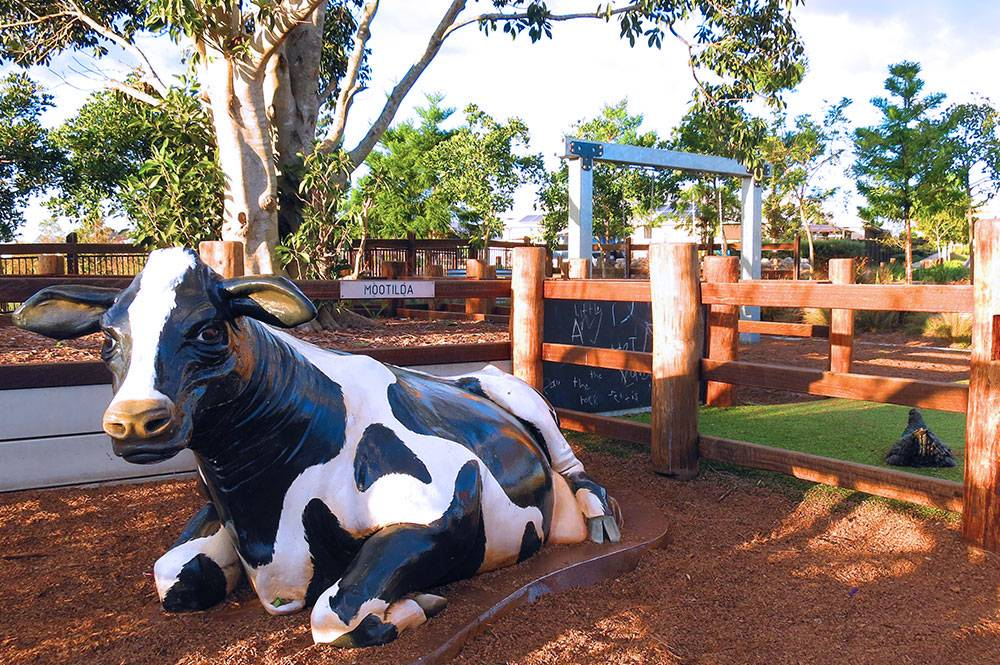 Photo of Stoneleigh Reserve Park and Cow